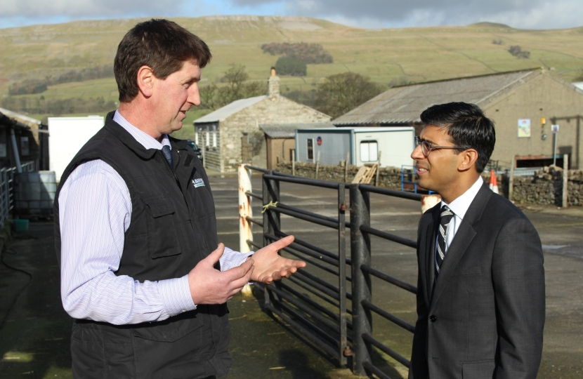 Rishi Sunak and Andrew Pratt, Hawes auction mart
